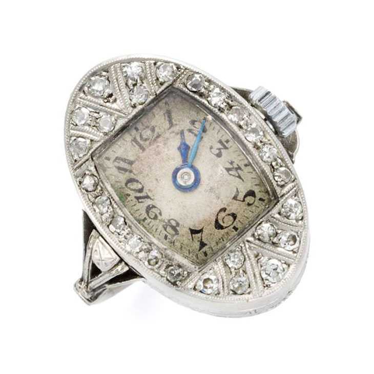 An Edwardian Diamond and Platinum Watch Ring, circa 1910