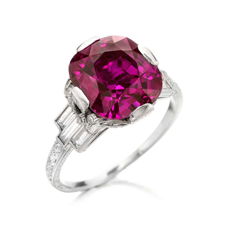 An Art Deco Pink Sapphire Ring, circa 1925