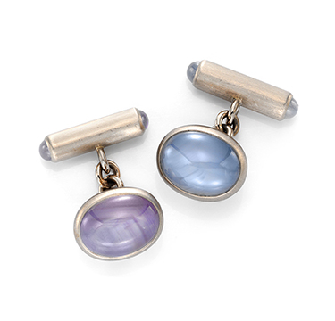 A Pair of Cabochon Star Sapphire Cufflinks, by Hemmerle