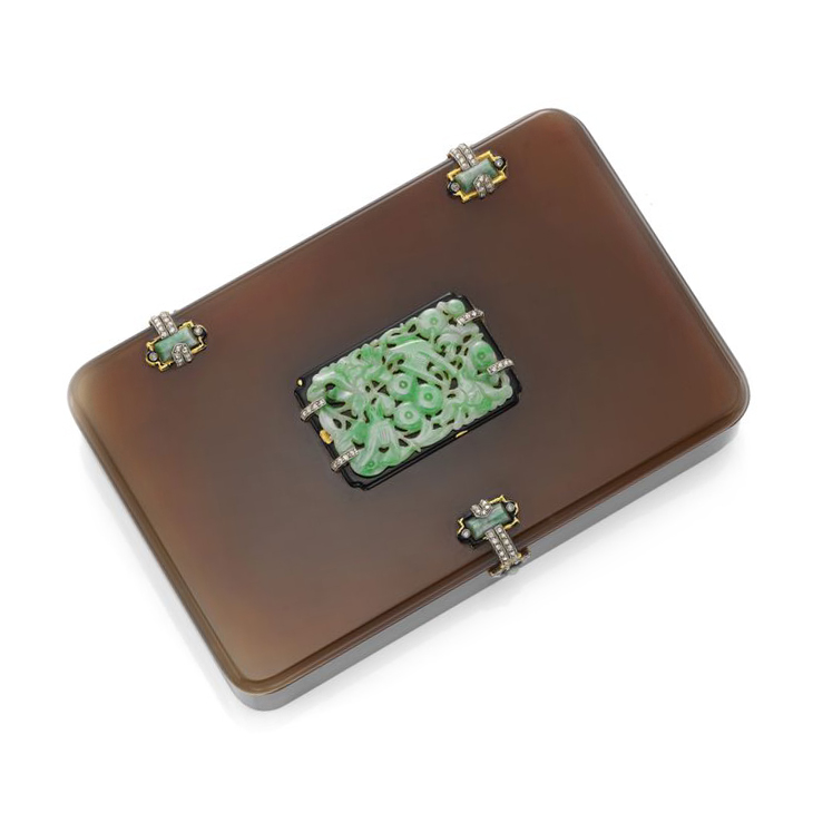 An Art Deco Jade, Enamel, Diamond and Agate Snuff Case, by Cartier, circa 1920