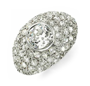 An Art Deco Diamond and Platinum Ring