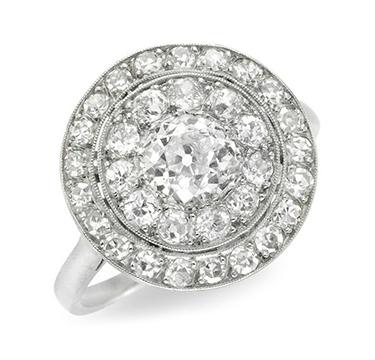 An Edwardian Old European-cut Diamond Cluster Ring