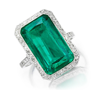 An Early 20th Century Colombian Emerald and Diamond Ring