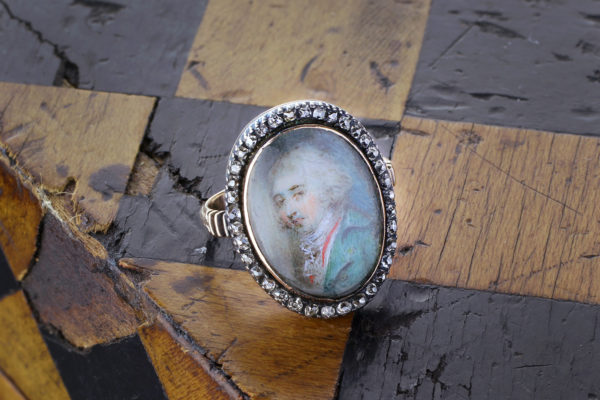 Early Georgian Silver Topped Gold Portrait Ring