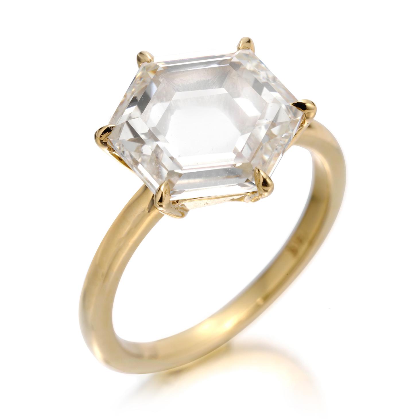 A Hexagonal-cut Diamond Ring, weighing 3.51 carats