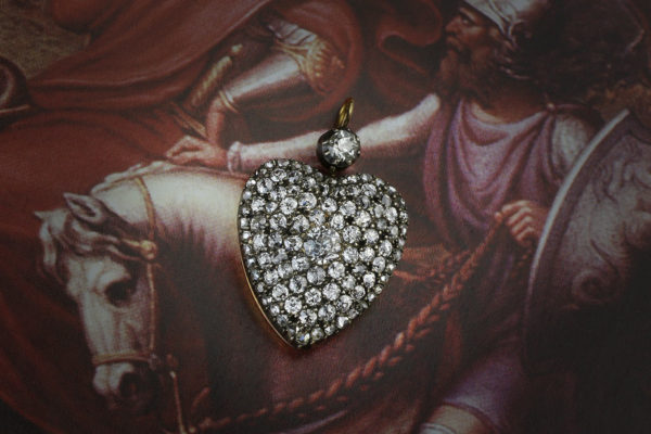 An Antique Diamond Set Heart Pendant
