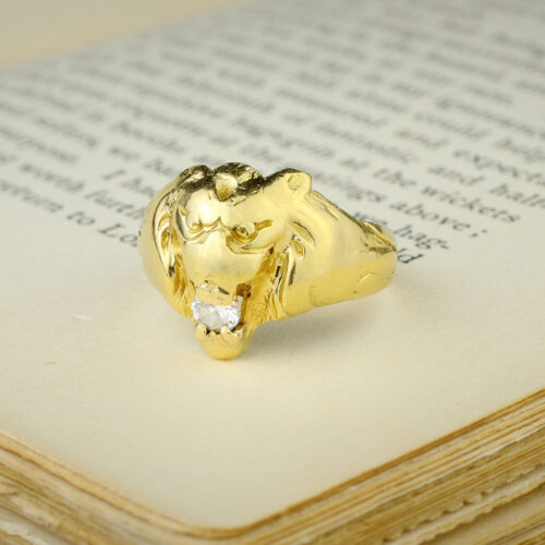 Sculpted Gold and Diamond Ring