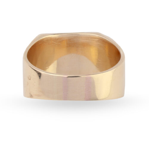 A Gold Signet Ring