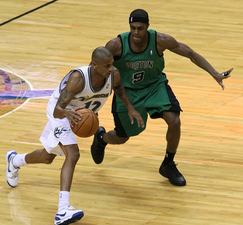 Hawks Sign Two-Time NBA Champion and Four-Time All-Star Rajon Rondo