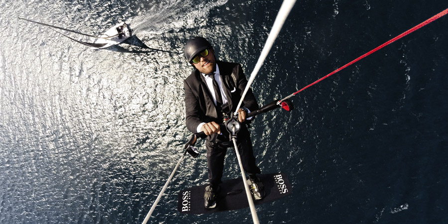 Photo of The last crazy adventure by Alex Thomson is… the #skywalk. VIDEO