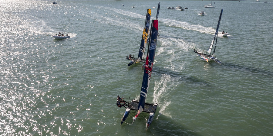 Photo of Mackay, Wilkinson win Foiling Generation opener in NZ