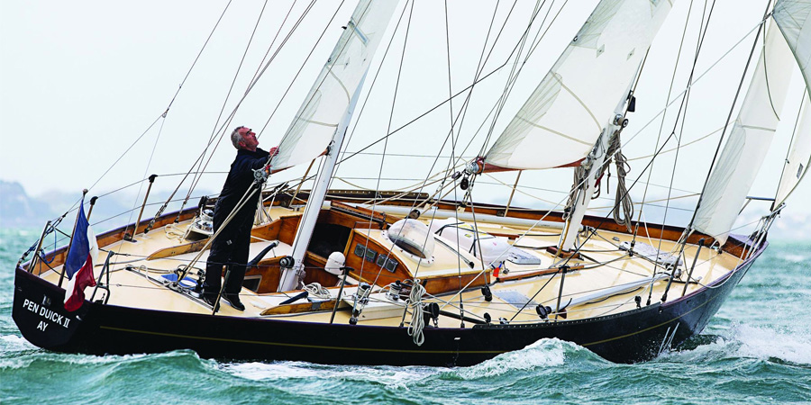 "Photo of INTERVIEW. Loïck Peyron: ""Sailing is the best school of life"""