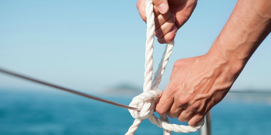 Photo of #sundayvideo. 3 Knots you have to Learn to be a real Sailor