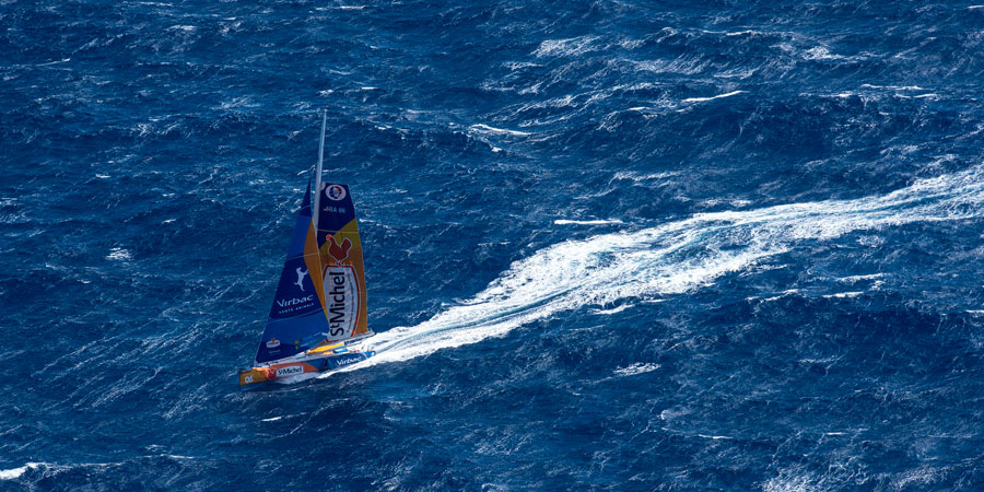 Photo of Solo sailor sails throughout the Bass Strait to avoid the Storm. VIDEO