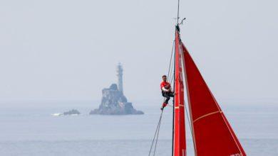 Photo of Photo of the week. When the Volvo Ocean Race Fleet meets Fastnet Rock
