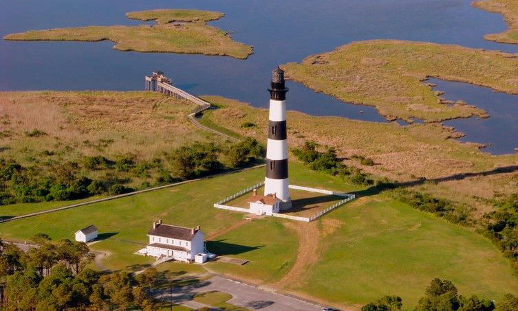 7 Lighthouses in USA Bodie Island Light Station