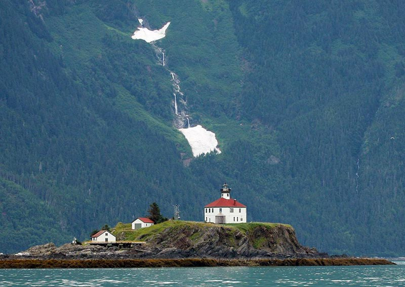 7 Lighthouses in USA Eldred rock