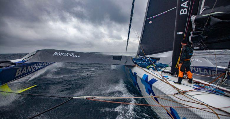 Armel Le Cléac'h capsizes