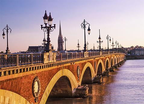 Pont de Pierre Bridge (Stone Bridge) over the Garonne River in Bordeaux, France