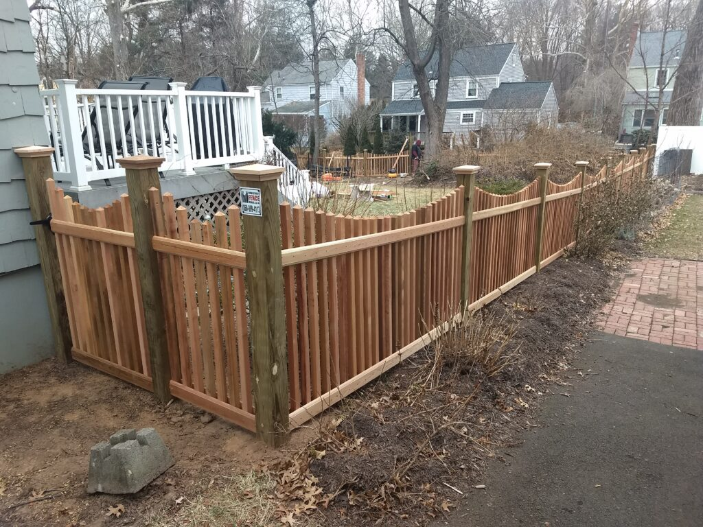 Red Cedar Picket w Pressure Treated Posts