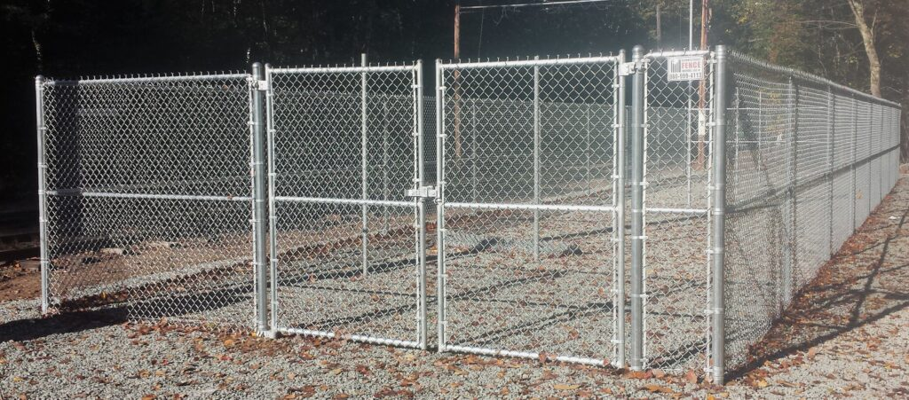 SLIDER - 7_ H Galvanized Chain Link Fence