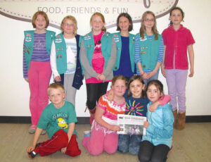 Stow Junior Girl Scout Troop #72518 (plus friend) visited Emma's Café on Wednesday April 30.  The troop took a tour of the kitchen areas and learned about safety and cleanliness.  Then they got to see 2 different kids of smoothies made, one that was the troop's own creation, and sampled them.