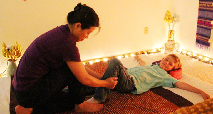 child-massage1
