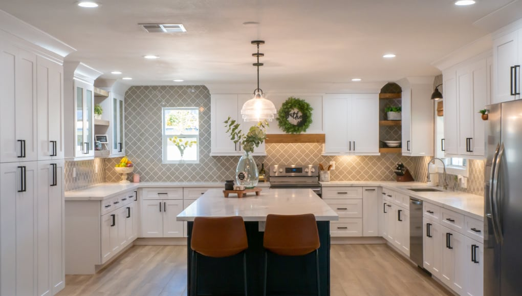 CUSTOM KITCHEN cabinets in phoenix