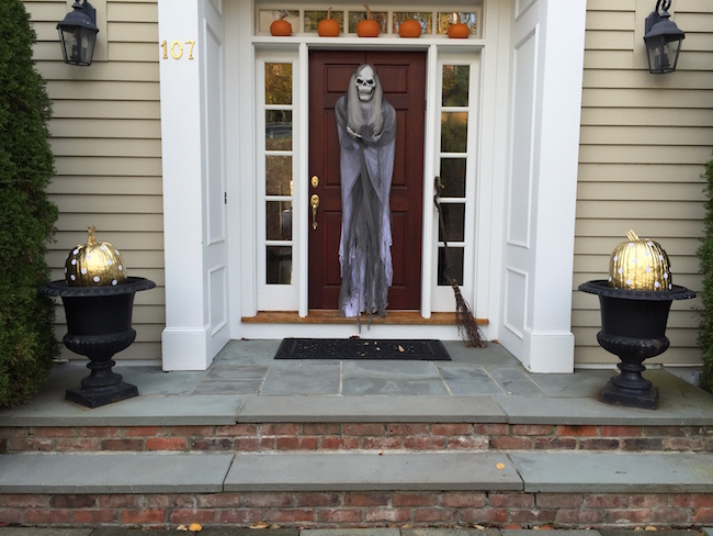 Halloween Front Door with Glamor Polka Dot Pumpkins