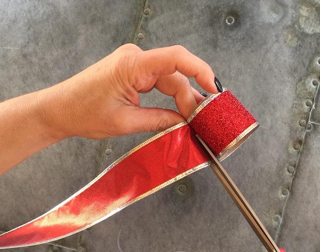 cut ribbon to fit roll