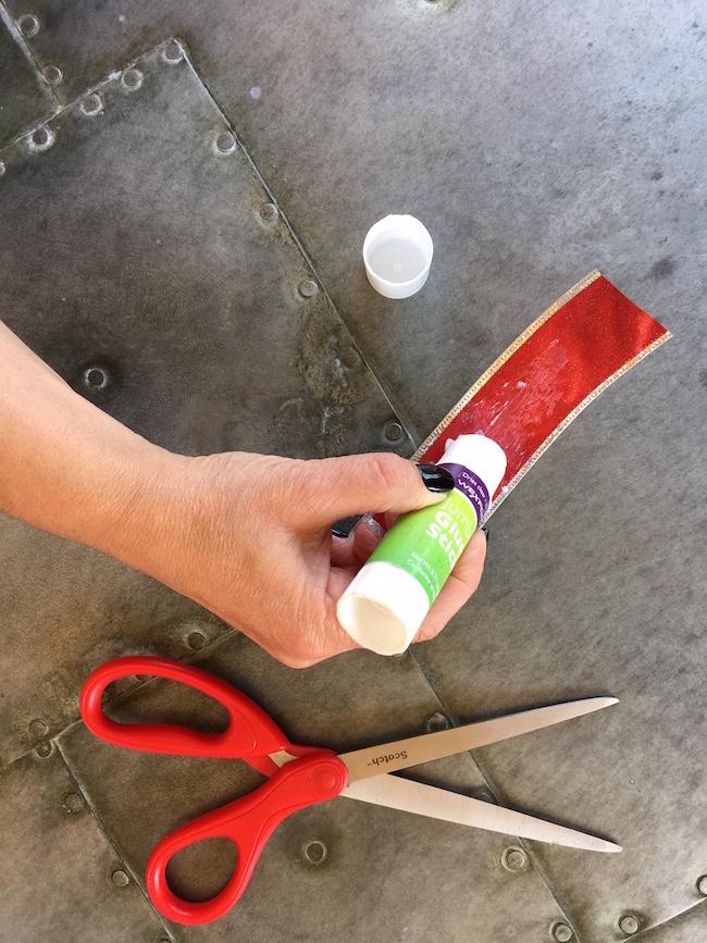 glue wide ribbon