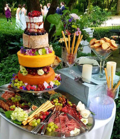 A delicious catering photo from Heybeck's Market.