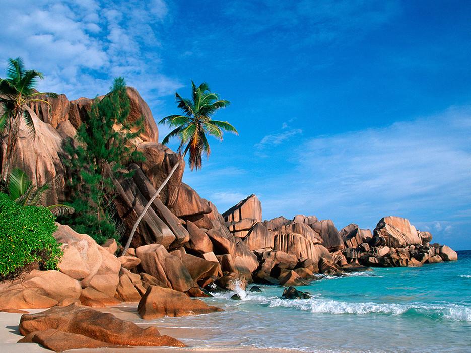 53da72466dec627b149ead9b_la-digue-island-seychelles-Arco-images-GmbH-Alamy