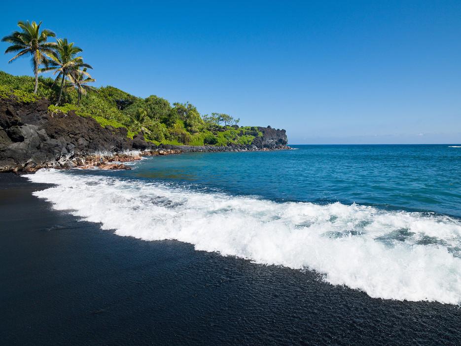 Honokalani Beach, Wai'anapanapa State Park, Maui, HI