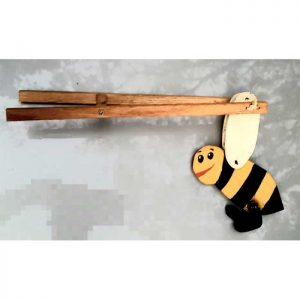 Honeybee-Mechanical-Flip-Toy