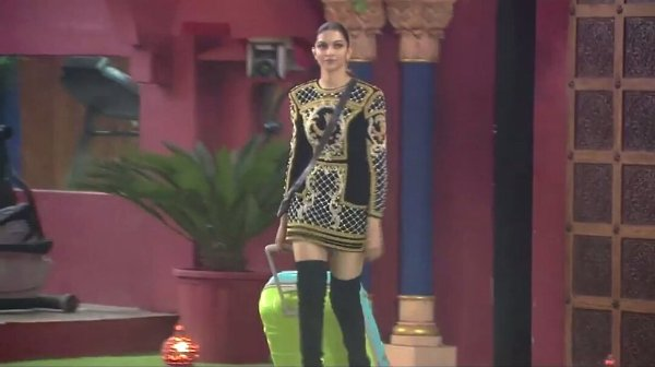 deepika-inside-the-bb10-house