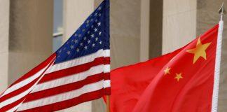 US revokes 1000 Chinese