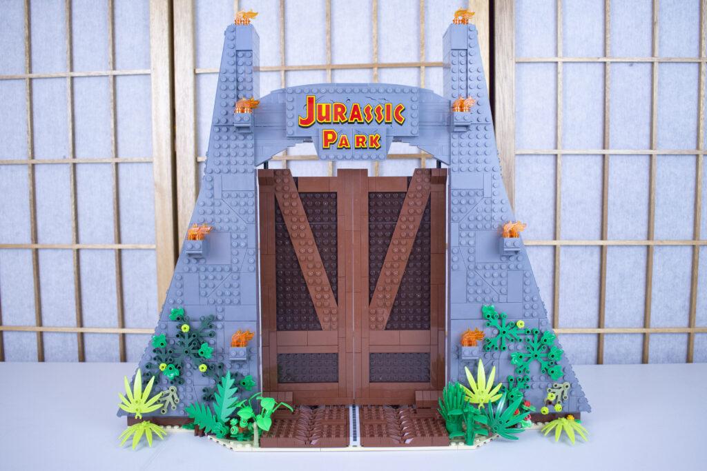 LEGO Jurassic Park Gate Full Shot
