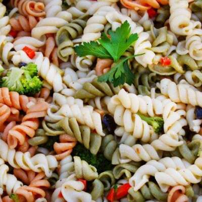 Tri-Color Rotini Pasta Diced Vegetables and Italian Dressing