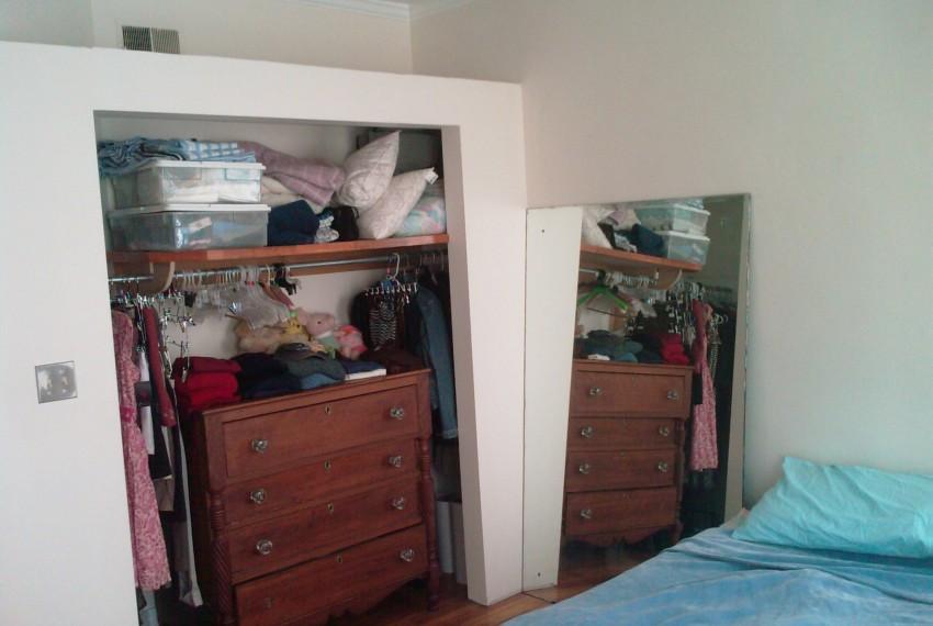 228 L.A.#201 Bedroom Closet