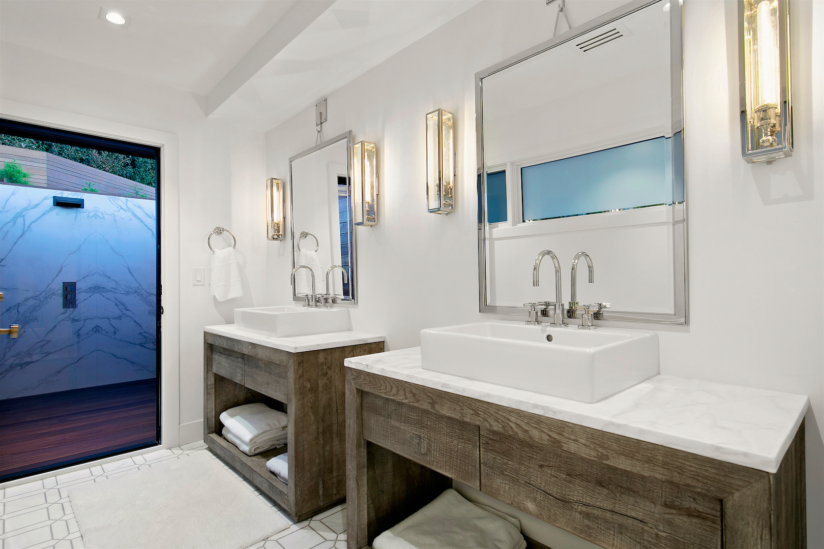 Soledad Mountain Master Bath