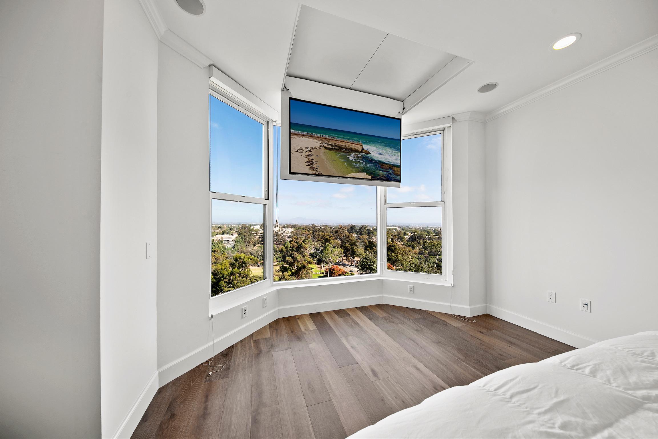 5th Avenue Master Bedroom