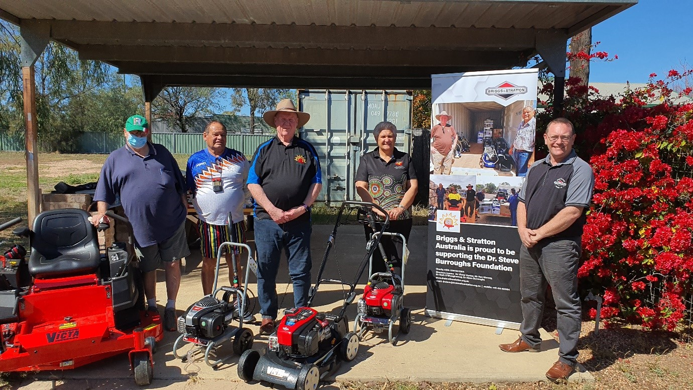 Donation of gardening tools from Briggs & Stratton by Dr Steve Burroughs