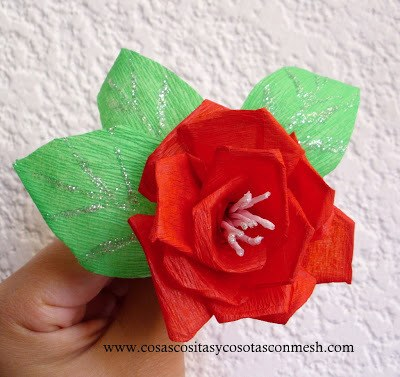 Flores de primavera de papel crepe sencillas