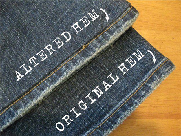 Toma el ruedo de los pantalones de jean