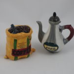 Coffee beans & coffee pot