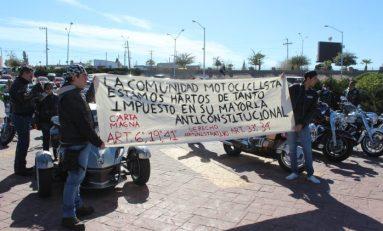 """Caravana de """"choppers"""" en contra del gasolinazo"""