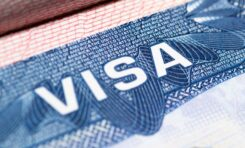 "Cancelará EU Visas de estudiantes con clases ""virtuales"""