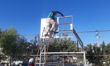 Repara Gobierno Municipal mobiliario en ocho parques de la ciudad