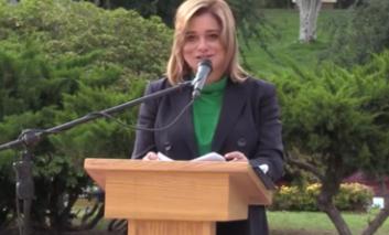 Encabeza la alcaldesa Maru Campos izamiento de Bandera por el 210 aniversario de Independencia
